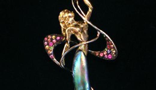 Abalone-Pearl-Pendant-Dancer-Kirk Milette-Sawdust Festival