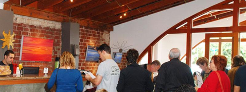 Anastasia Cafe in Laguna Beach Rocks the Lunch Bunch