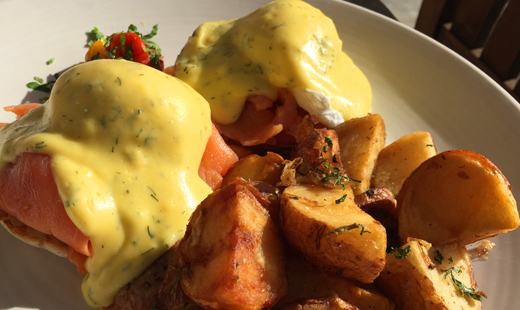 Ranch - Smoked Salmon Benedict