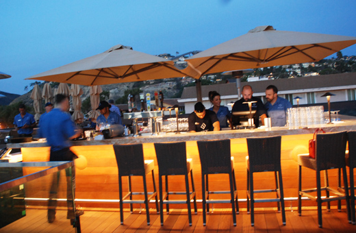Bon Outdoor Bar   Skyloft Restaurant