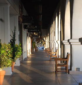 Shopping district at Ojai