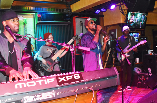 Tuesday's  Laguna Voice at Mozambique is Blowing the Doors Off