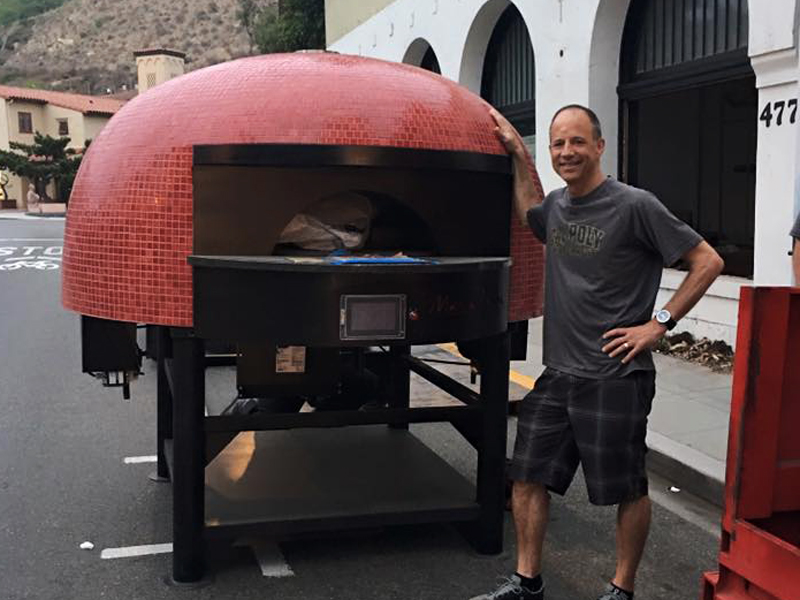 7000-Pound Pizza Oven Shoehorns Its Way Into Slice