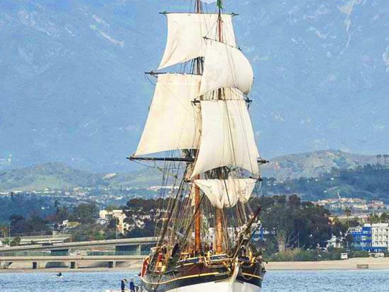 Oi! Jack Sparrow's Ship Invites You Aboard!