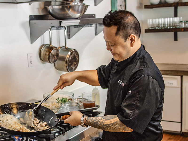 Chef Jet Tila – Food Network's Iron Chef