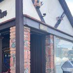 Main Street Bar Throws Out an Anchor